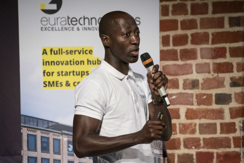 pitch startup trade in