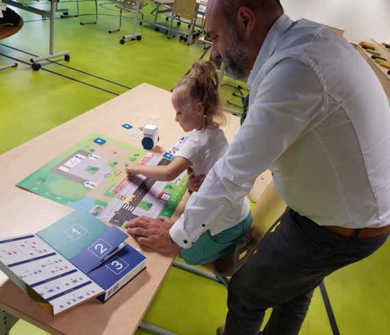 atelier construction robot euratech kids euratechnologies