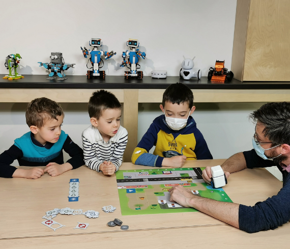 Kubo EuraTech Kids Learning District